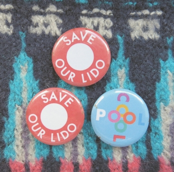 Proudly wearing my Save Our Lido badges